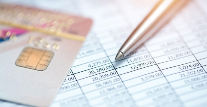 Checking vs. Savings Accounts: What's the Difference?