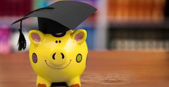 6 Best Banks to Refinance and Consolidate Your Student Loans